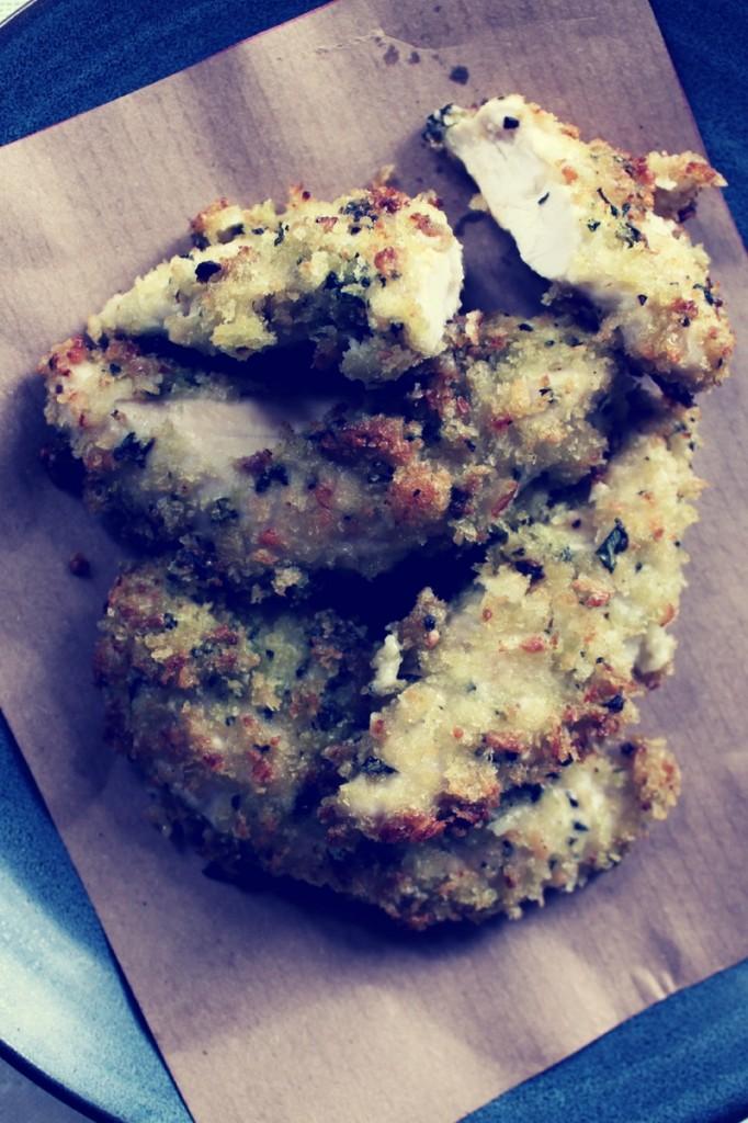 Crispy Pesto Breadcrumbs Chicken