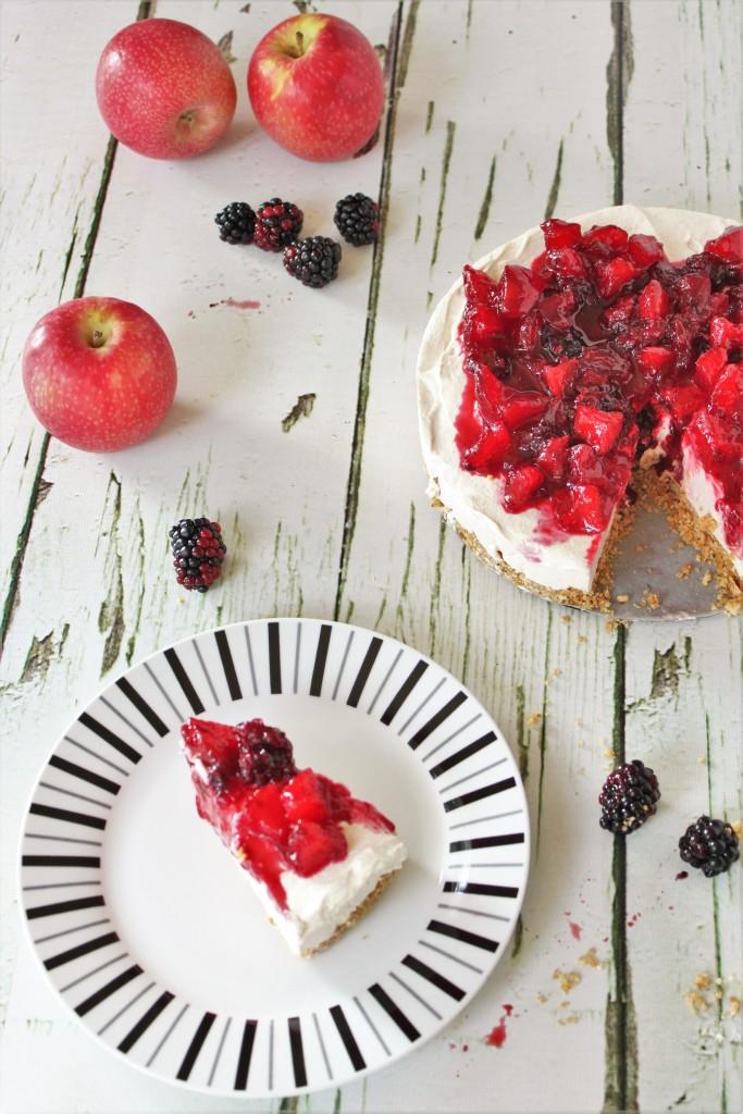 apple & blackberry cheesecake